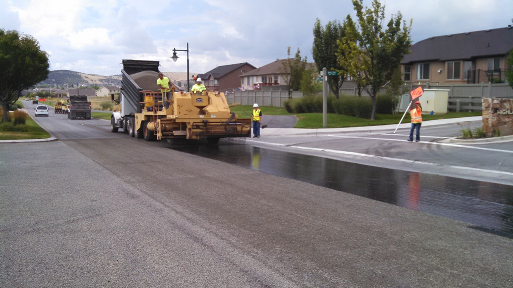 Advanced Paving & Construction